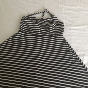 Short dress black and white stripes